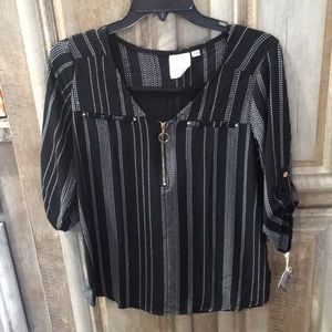 """New """"Janet Chung"""" Blouse (Women's Size Small)"""